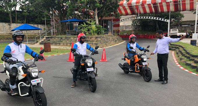 பாதுகாப்பாக வாகனம் செலுத்துவதை கற்றுத்தரும் Stafford Motors மற்றும் ProRide இன் புதிய முயற்சியான 'ProRide Safety Riding Academy'