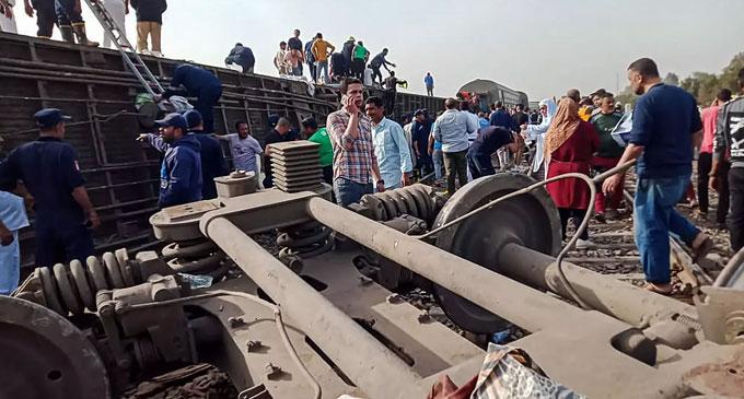 எகிப்து ரயில் விபத்தில் 32 பேர் பலி
